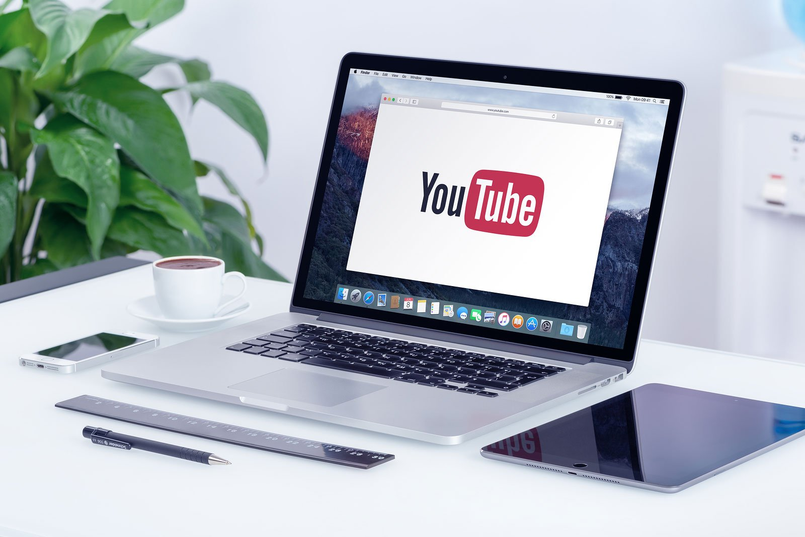 5 YouTube Sales Videos To Give You A Real Belly Laugh